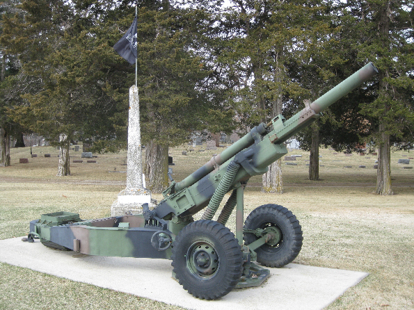 Civil War Memorial and Cannon