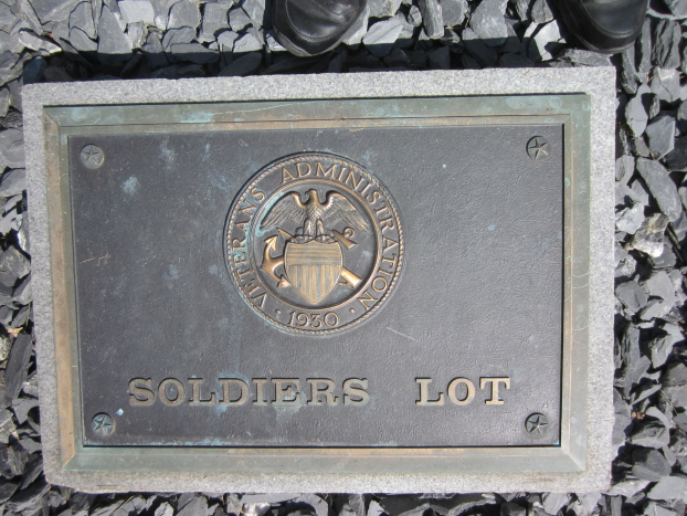 Oakdale Soldiers Lot