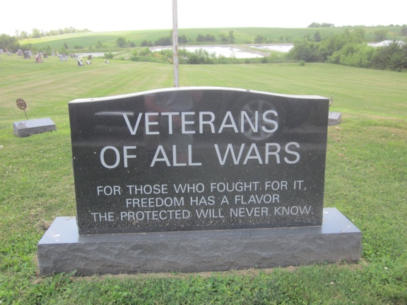 Veterans Monument in Russell